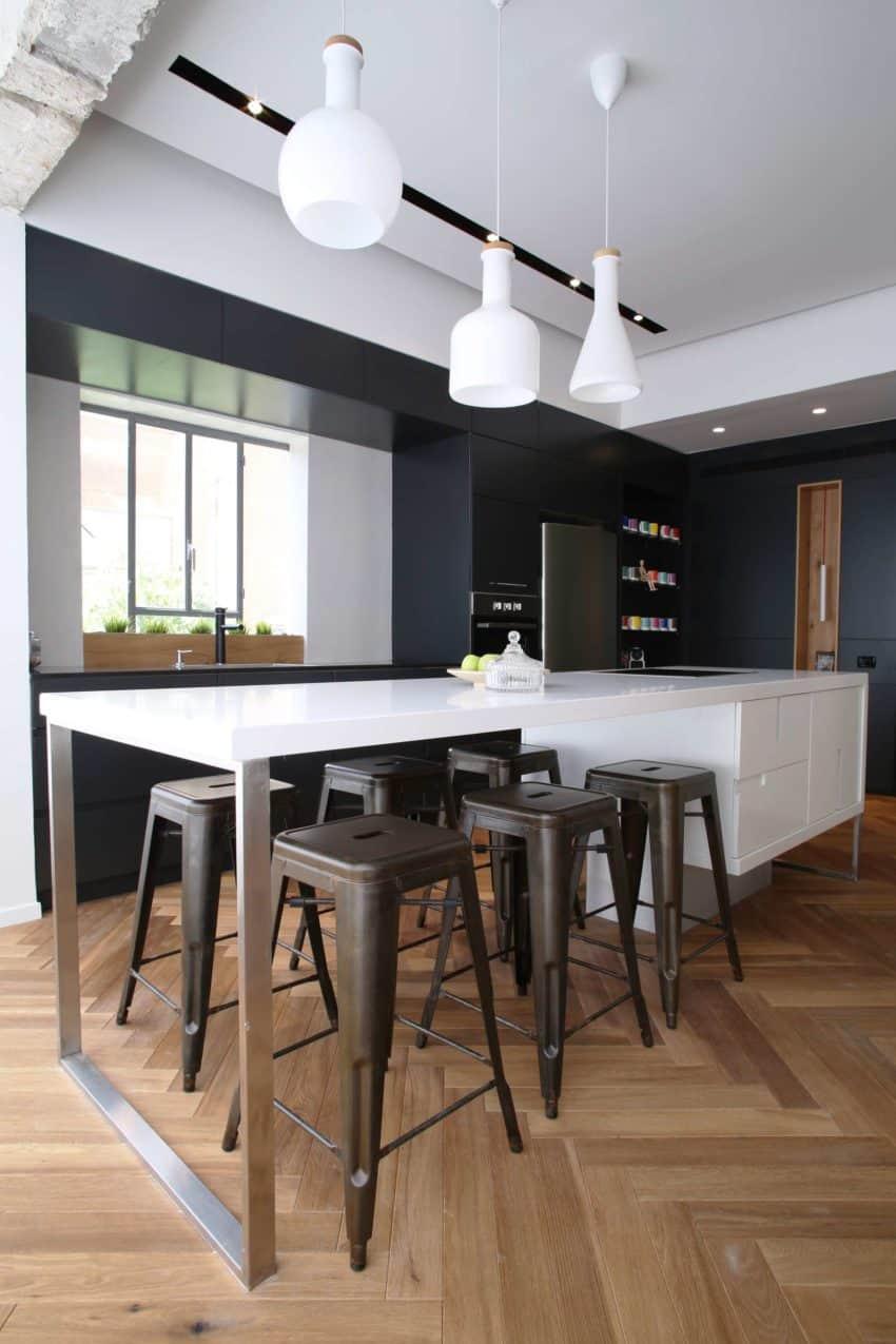 Tlv Rothschild Blvd Apartment by DORI Interior Design (22)