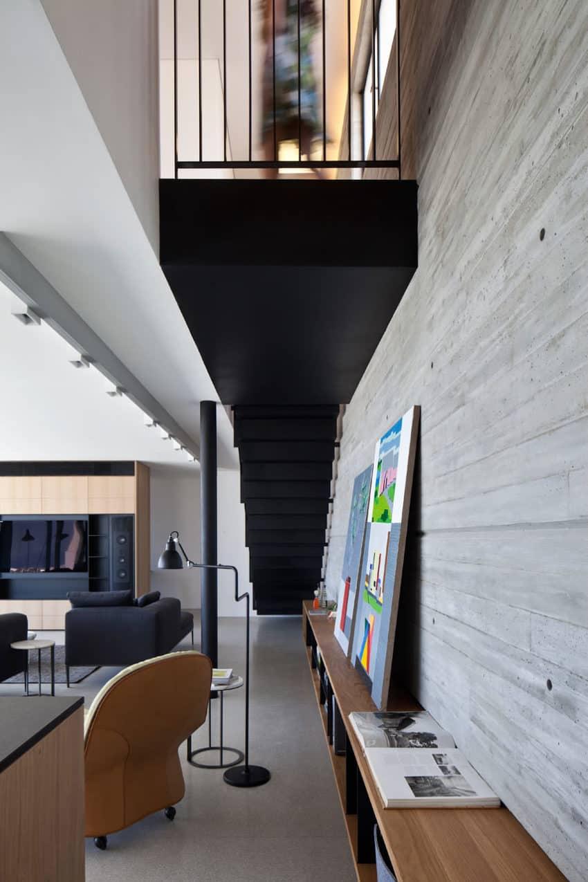 Y Duplex Penthouse by Pitsou Kedem Architects (2)