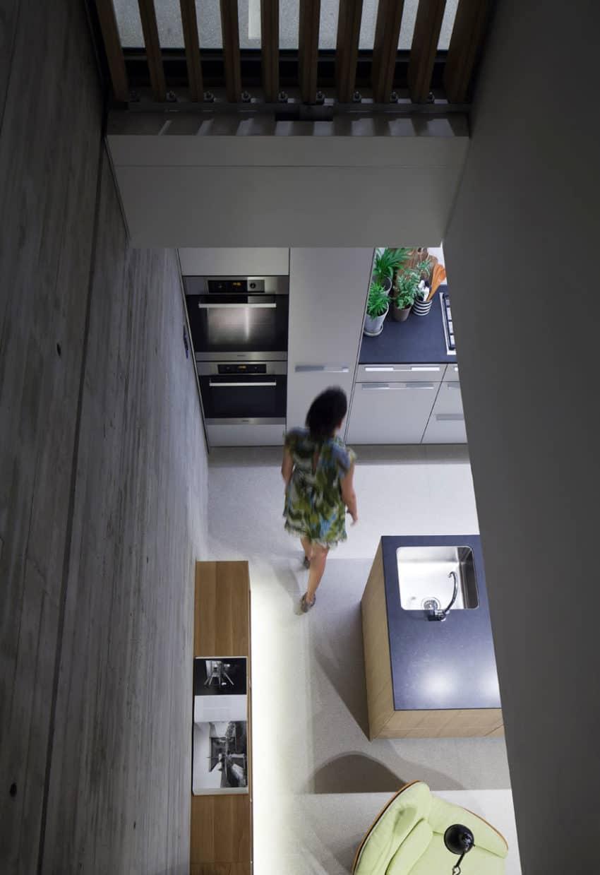 Y Duplex Penthouse by Pitsou Kedem Architects (13)