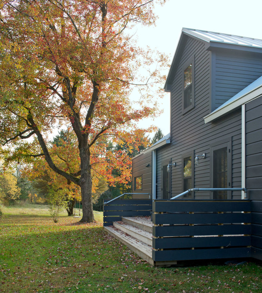 New Homes Bungalows: A Midcentury Bungalow In New York