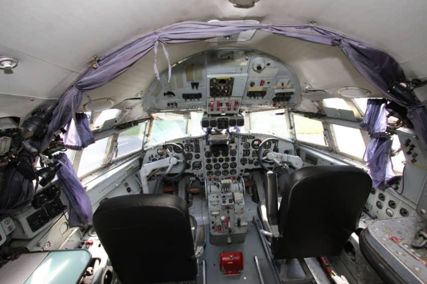 Airplane Suite (15)
