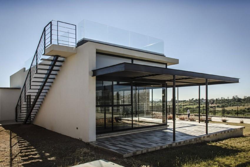 Casa La Tomatina by Plastik Arquitectos (4)