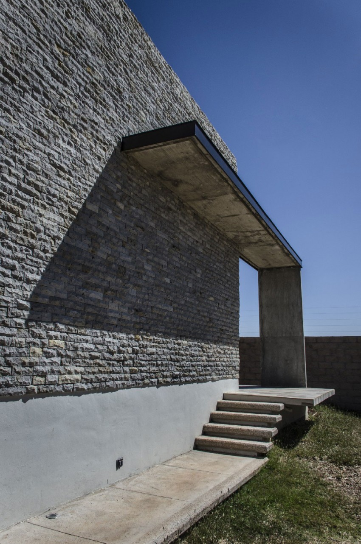 Casa La Tomatina by Plastik Arquitectos (6)