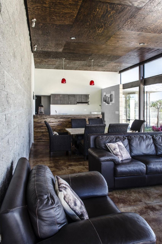 Casa La Tomatina by Plastik Arquitectos (8)