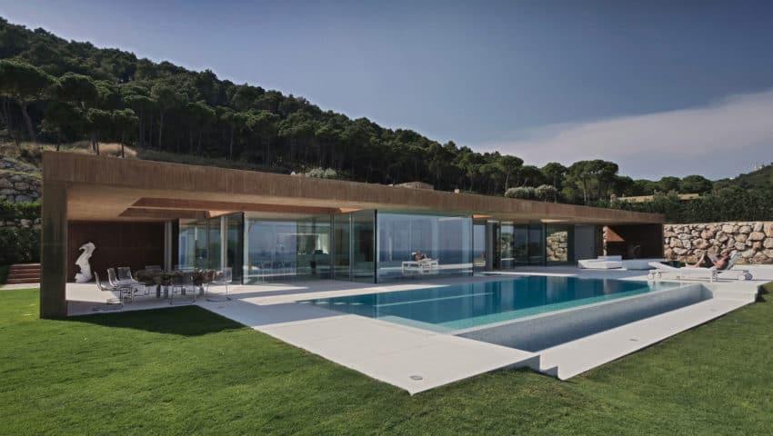 Casa en Aiguablava by MANO Arquitectura (1)