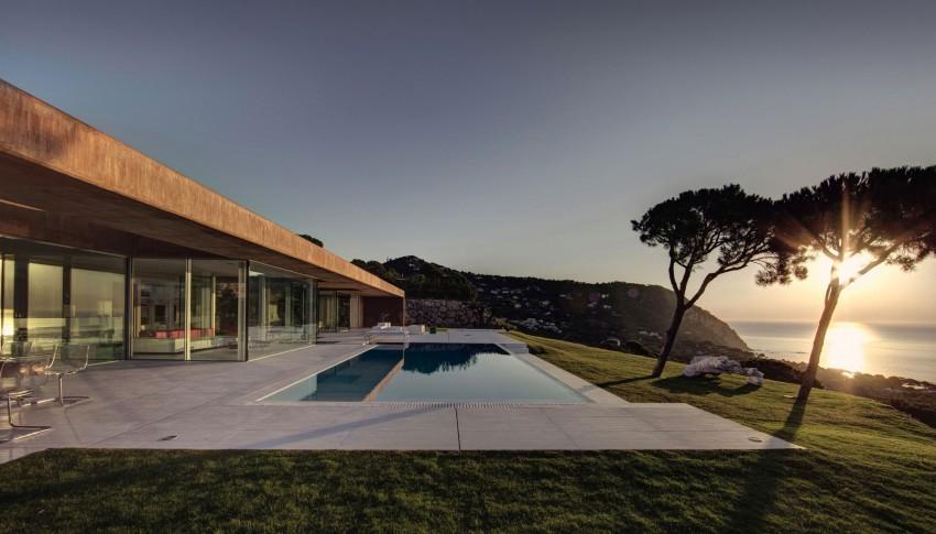 Casa en Aiguablava by MANO Arquitectura (10)