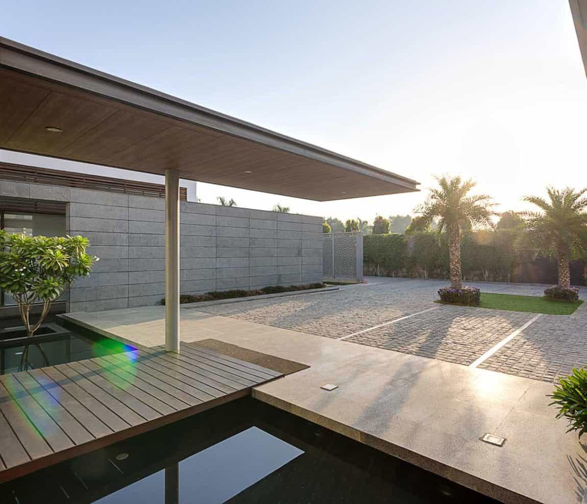 Center Court Villa by DADA Partners (4)