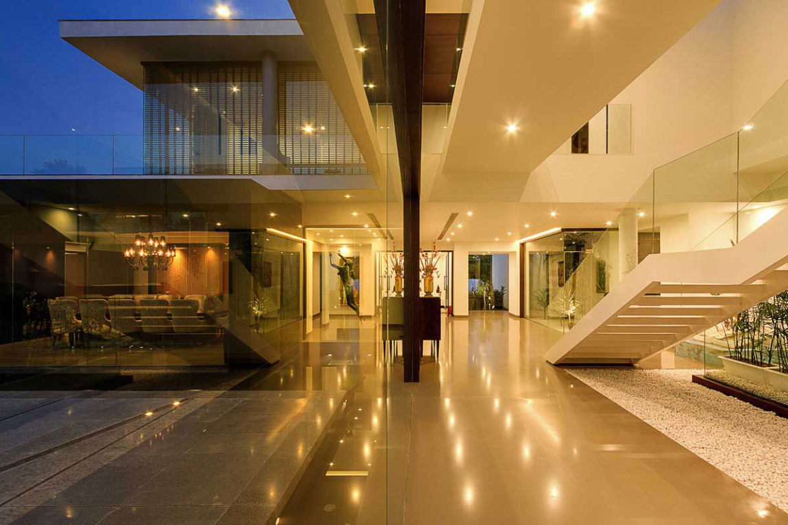 Center Court Villa by DADA Partners (11)
