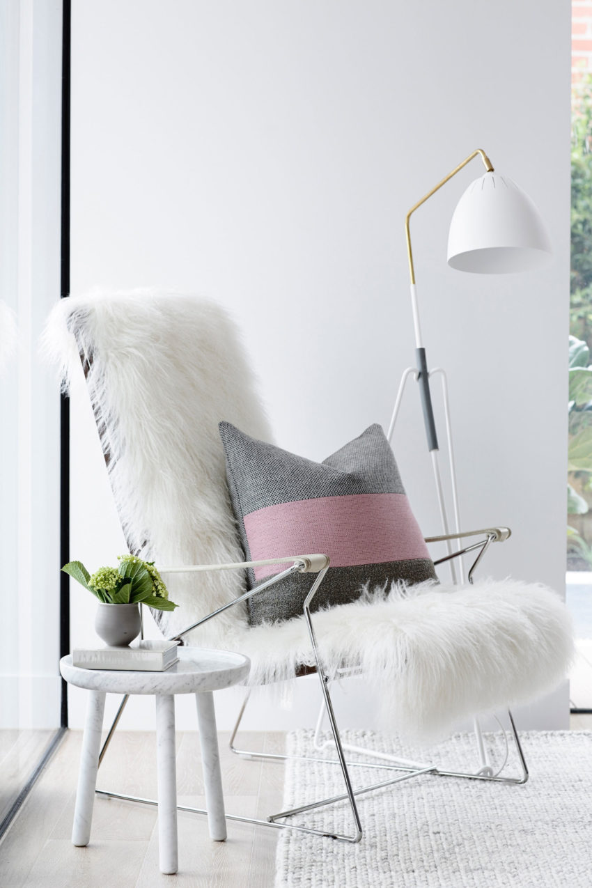 Crisp Street Apartment by Mim Design (3)
