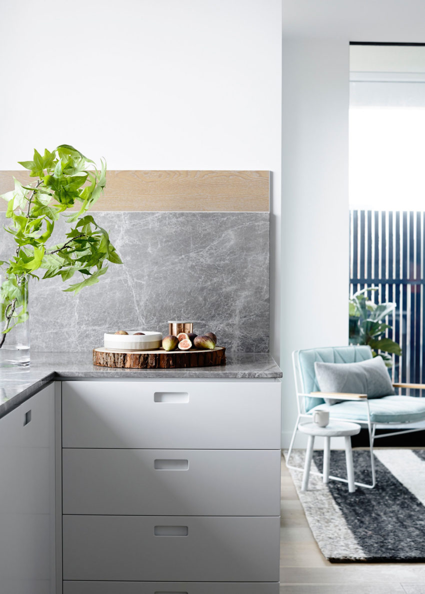 Crisp Street Apartment by Mim Design (5)