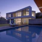 Ehrlich Retreat + by John Friedman Alice Kimm Architects (16)