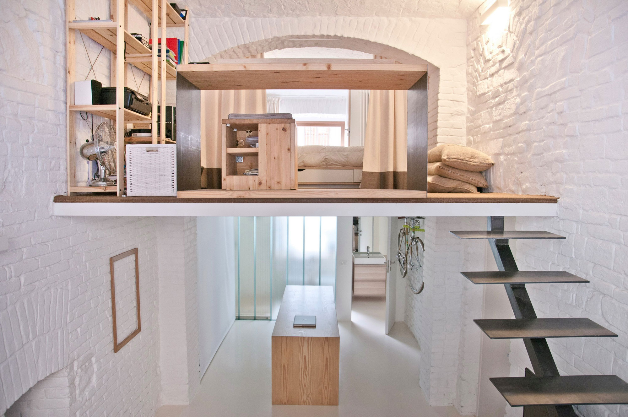 From Shop to Loft by R3architetti