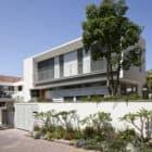 Herzeliyya House by Amitzi Architects (1)