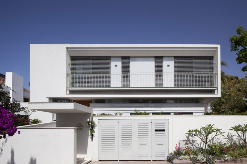 Herzeliyya House by Amitzi Architects (2)