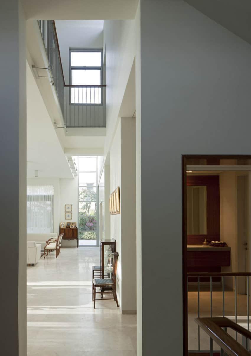 Herzeliyya House by Amitzi Architects (11)
