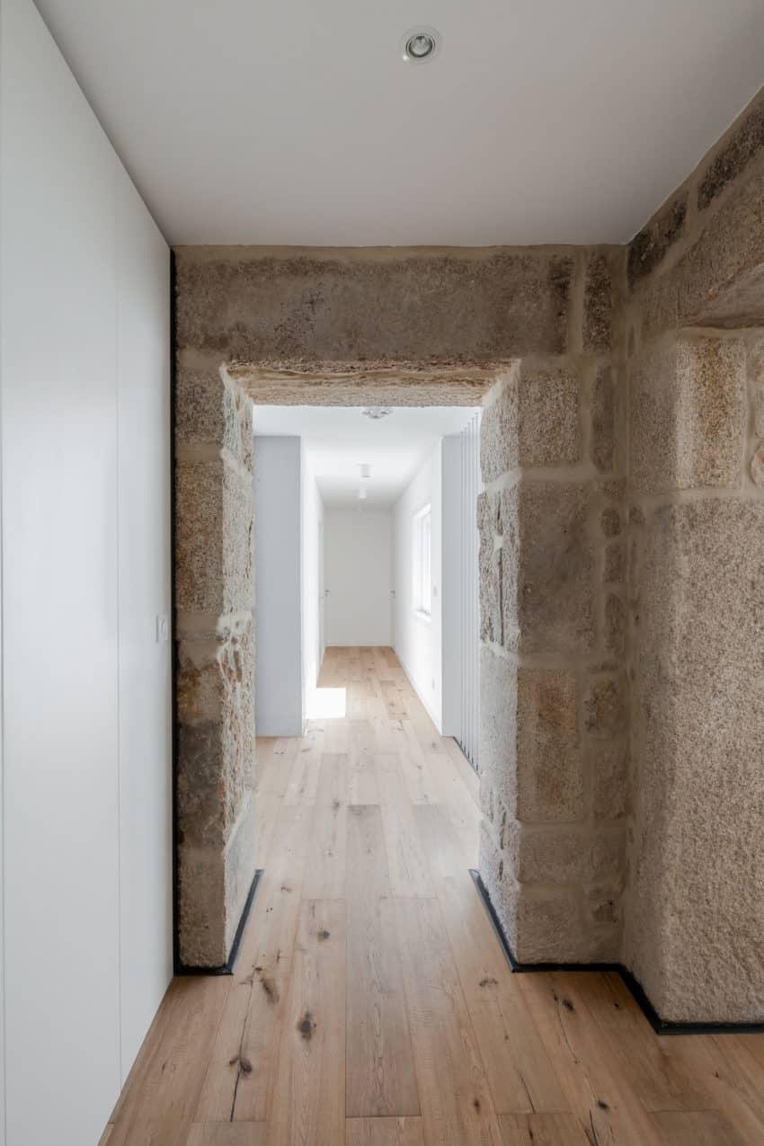 House JA by Filipe Pina & Inês Costa (24)