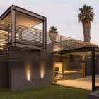 House Sar by Nico van der Meulen Architects (2)