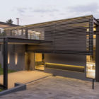 House Sar by Nico van der Meulen Architects (3)