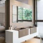 House Sar by Nico van der Meulen Architects (27)
