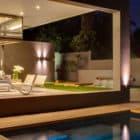 House Sar by Nico van der Meulen Architects (36)