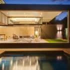 House Sar by Nico van der Meulen Architects (39)