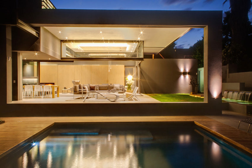 House Sar by Nico van der Meulen Architects (39)