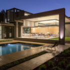 House Sar by Nico van der Meulen Architects (40)