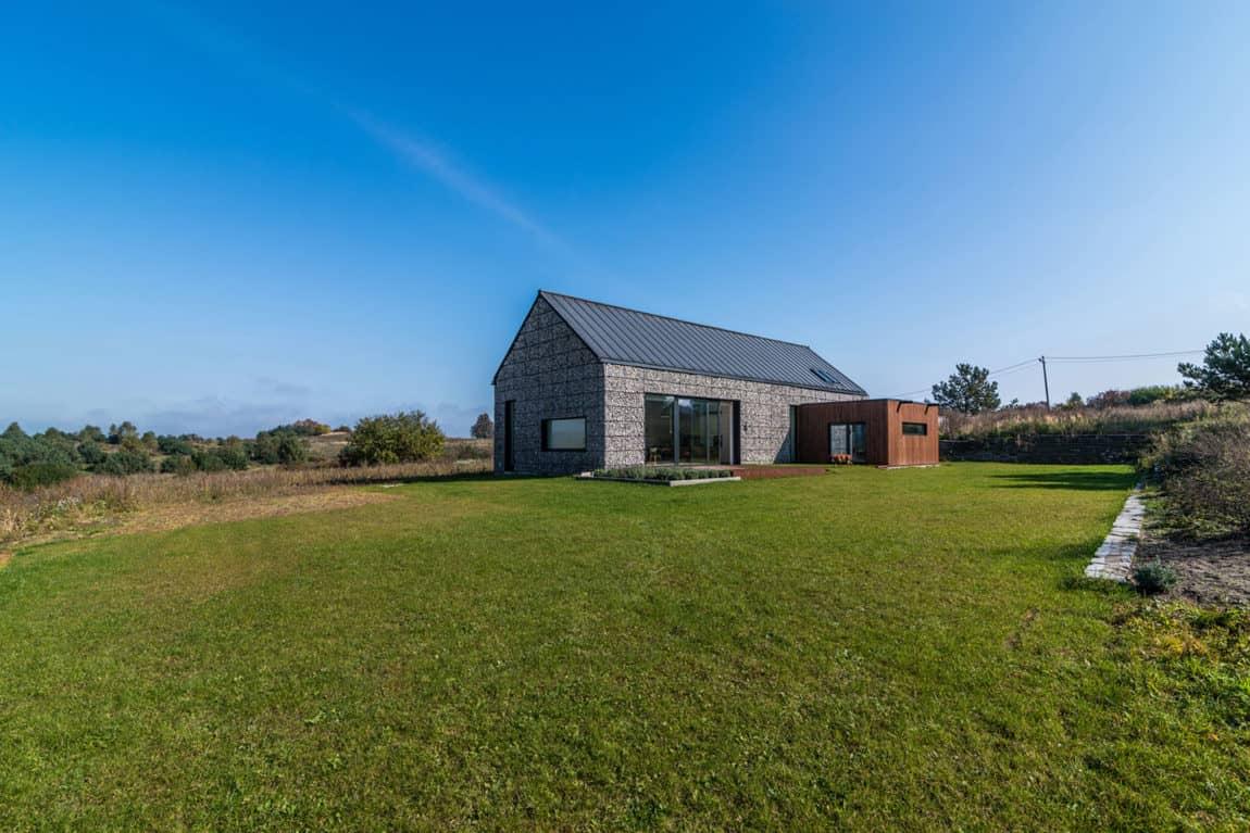 House in the Landscape by Kropka Studio (1)