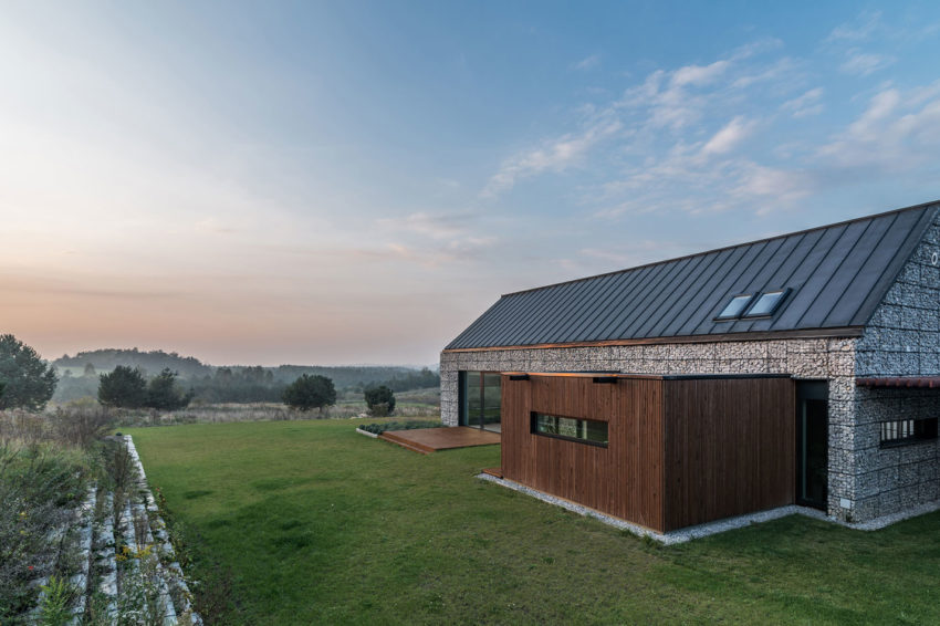 House in the Landscape by Kropka Studio (4)