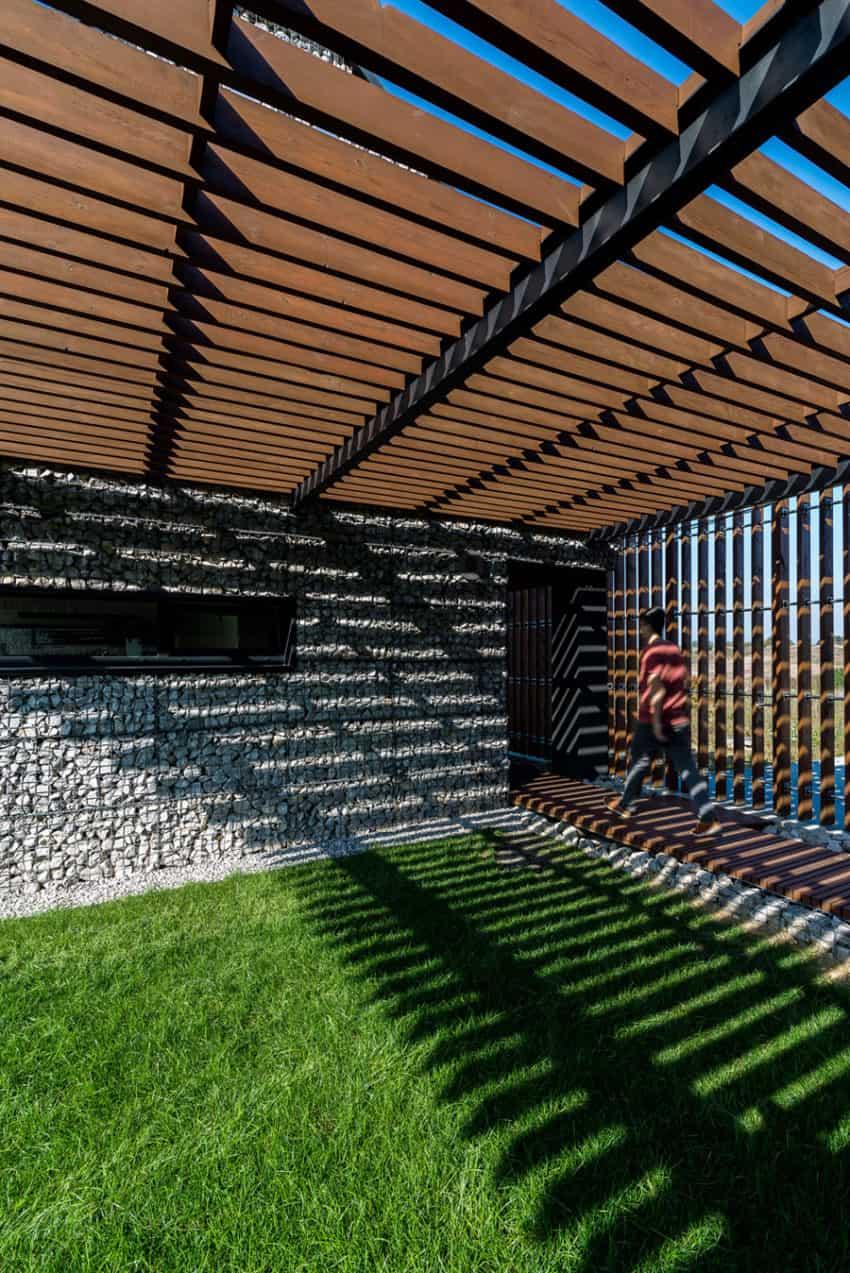 House in the Landscape by Kropka Studio (12)