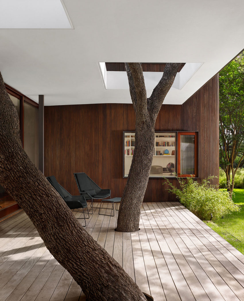 Lake View Residence by Alterstudio Architecture (8)