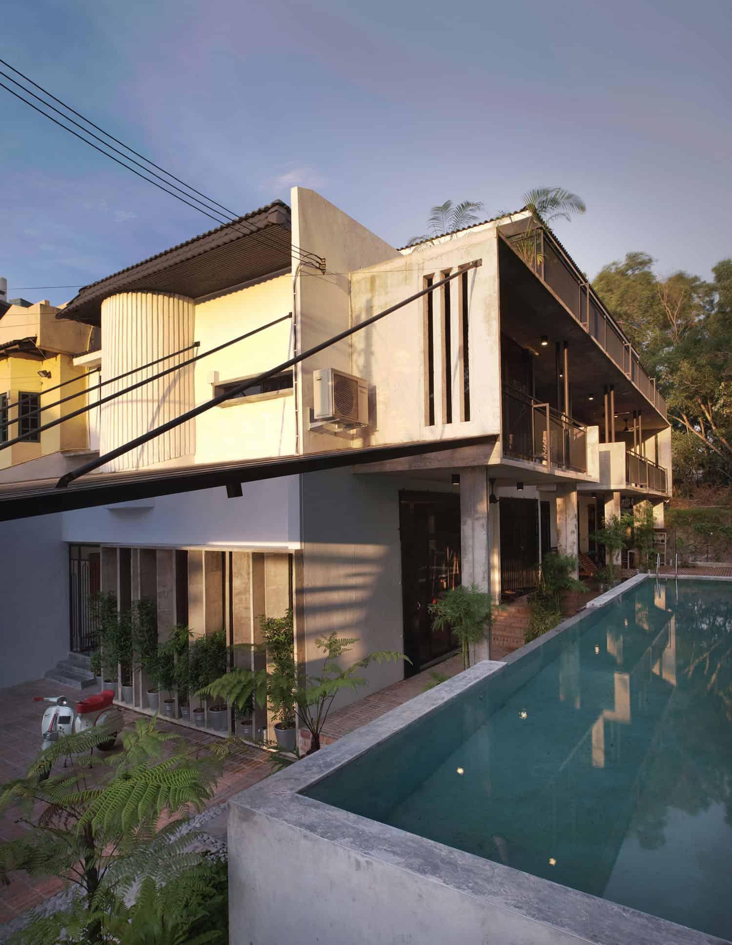 Menerung House by Seshan Design Sdn Bhd (3)