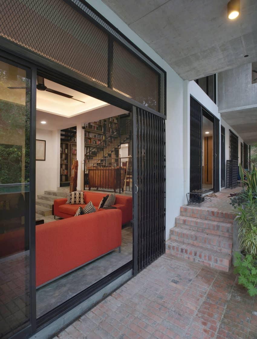 Menerung House by Seshan Design Sdn Bhd (6)