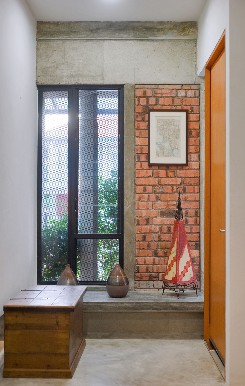 Menerung House by Seshan Design Sdn Bhd (8)