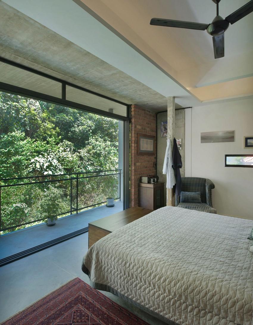 Menerung House by Seshan Design Sdn Bhd (17)