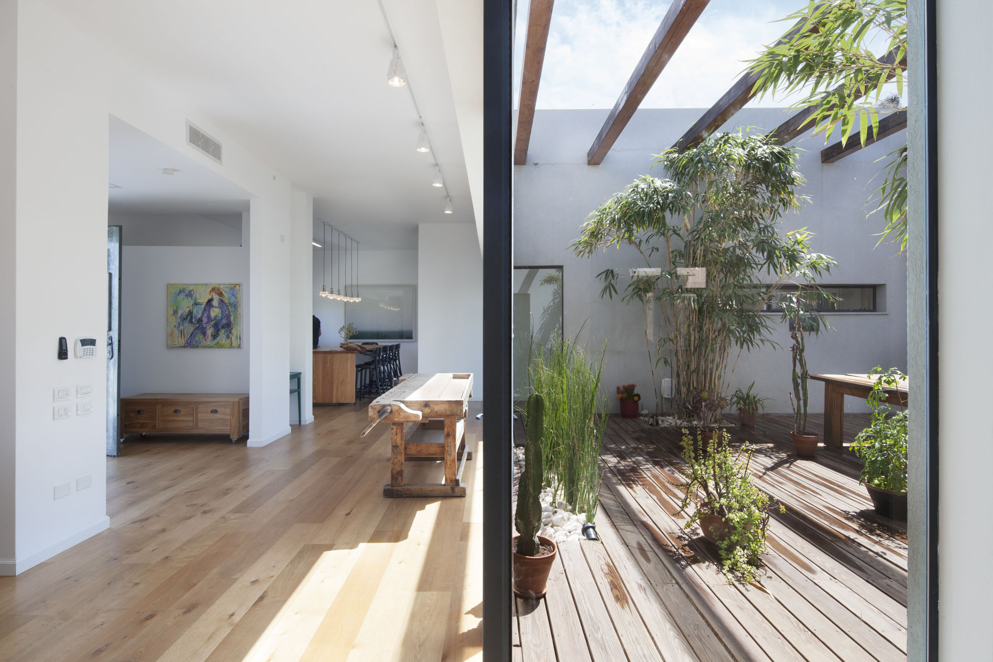 Patio House By Henkin Shavit Architecture Design on Container Home Shipping House Plans