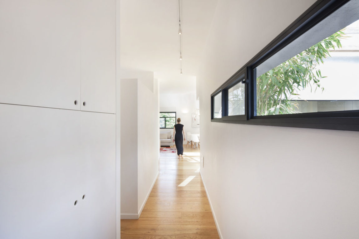 Patio House by Henkin Shavit Architecture & Design (12)