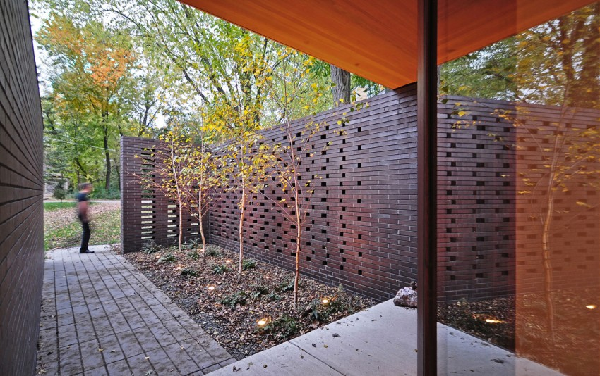 Redaction House by Johnsen Schmaling Architects (3)