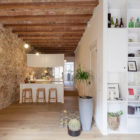 Renovation Apartment in Les Corts by Sergi Pons (1)