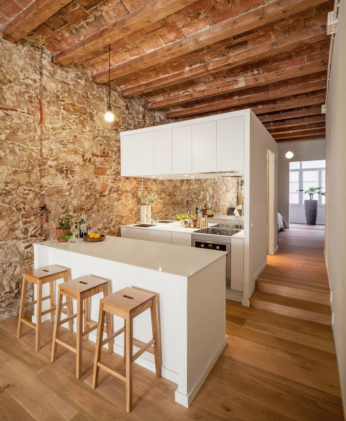 Renovation Apartment in Les Corts by Sergi Pons (3)