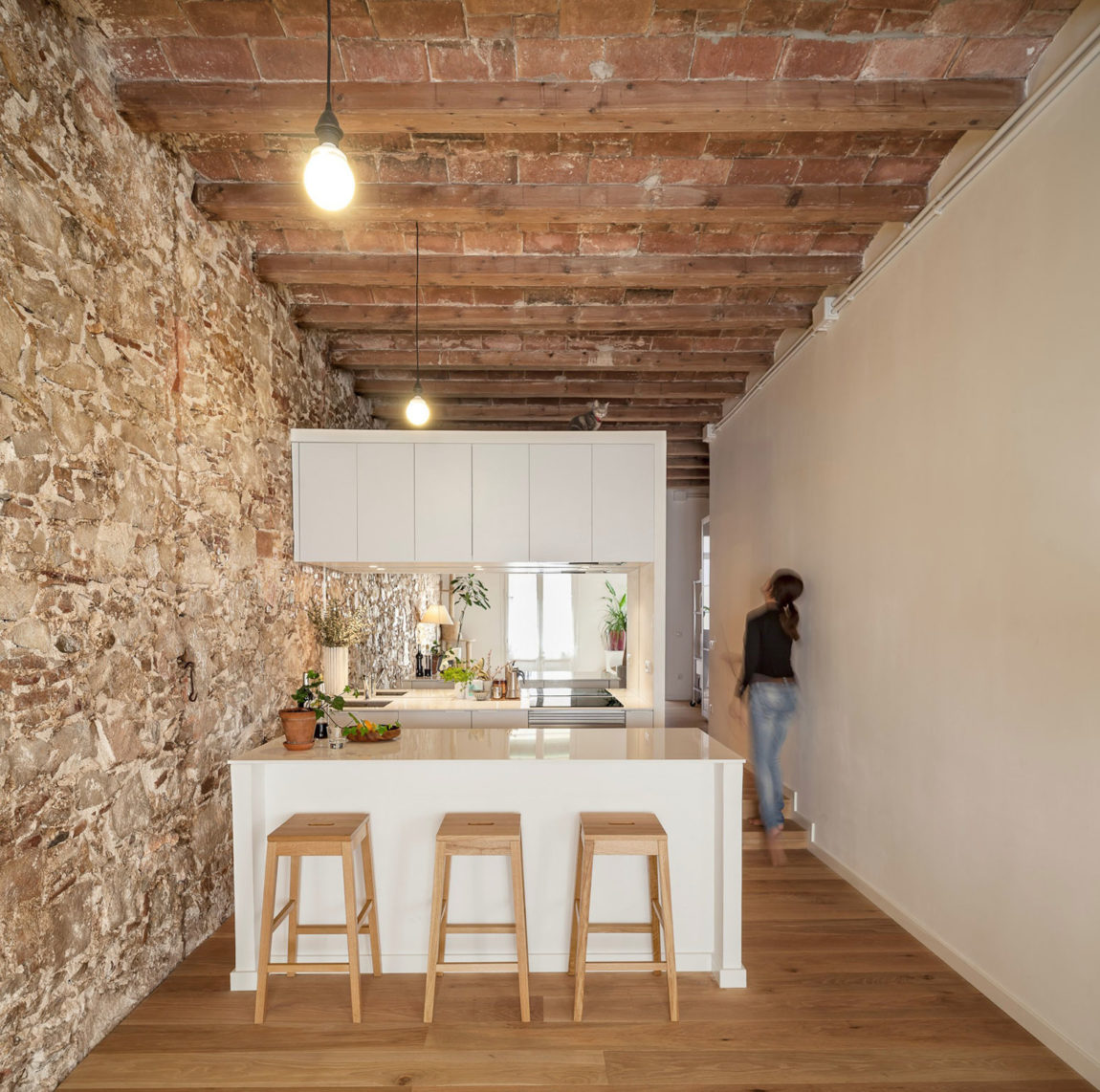 Renovation Apartment in Les Corts by Sergi Pons (4)