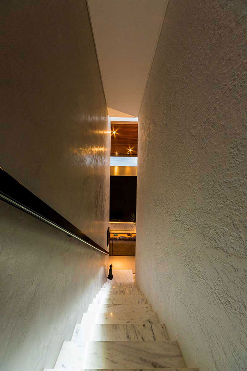 Residencia P.M. by Spagnuolo Arquitetura (9)