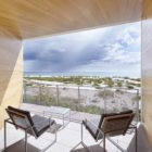 Seagrape House by Traction Architecture (7)