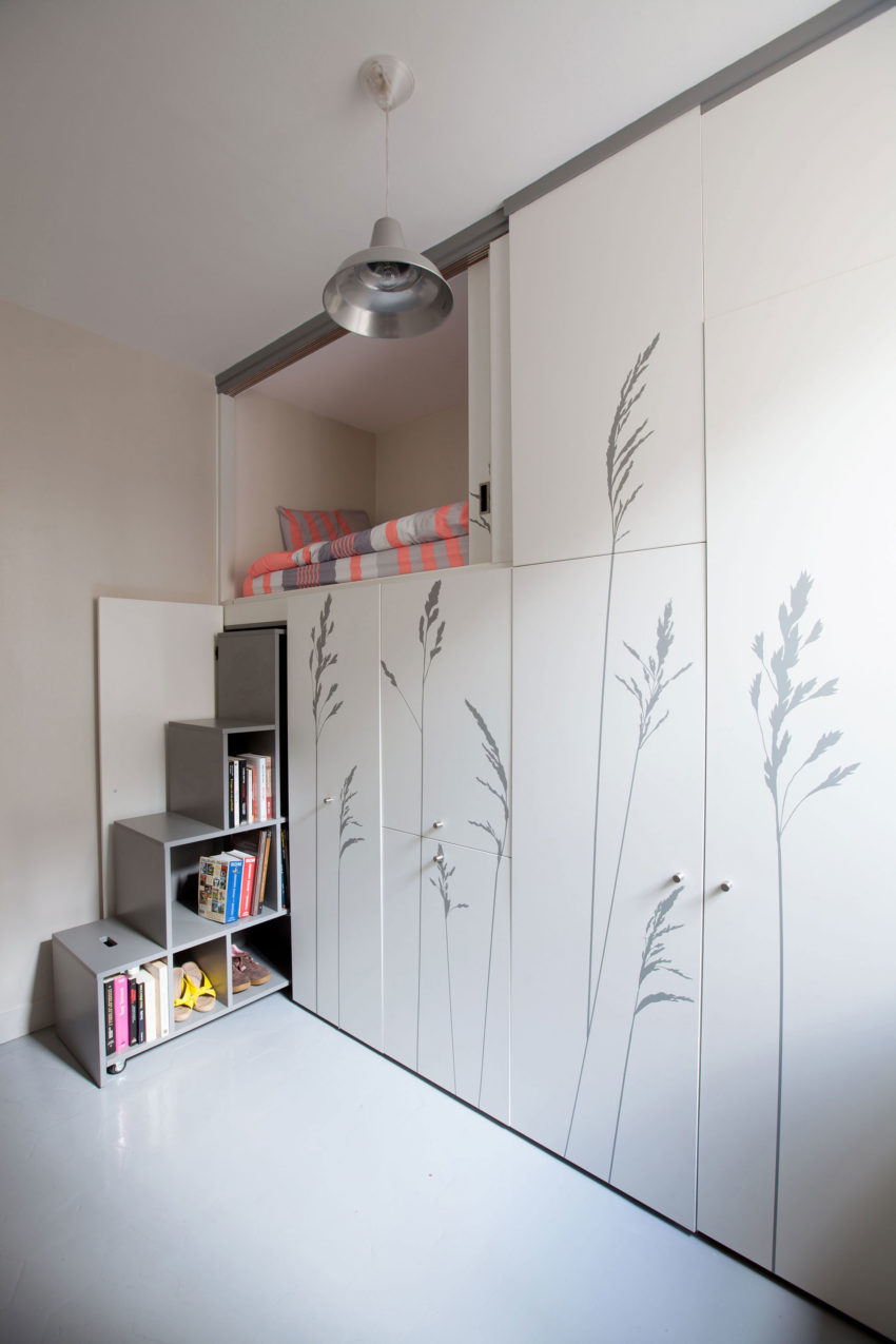 Tiny Apartment in Paris by Kitoko Studio (3)