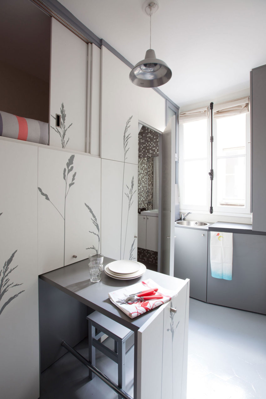 Tiny Apartment in Paris by Kitoko Studio (8)
