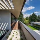 Villa Pruhonice by Jestico + Whiles (4)
