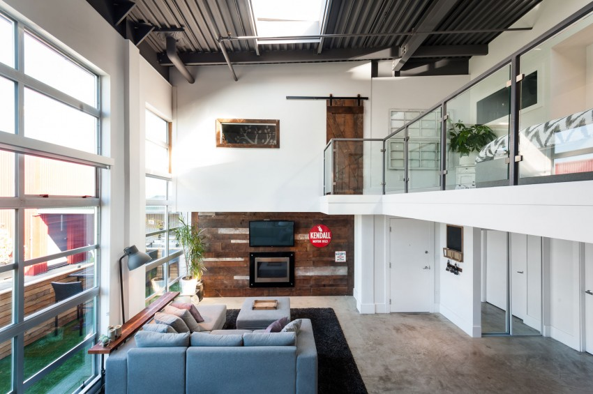 Vintage Modern Loft by The Macnabs (2)