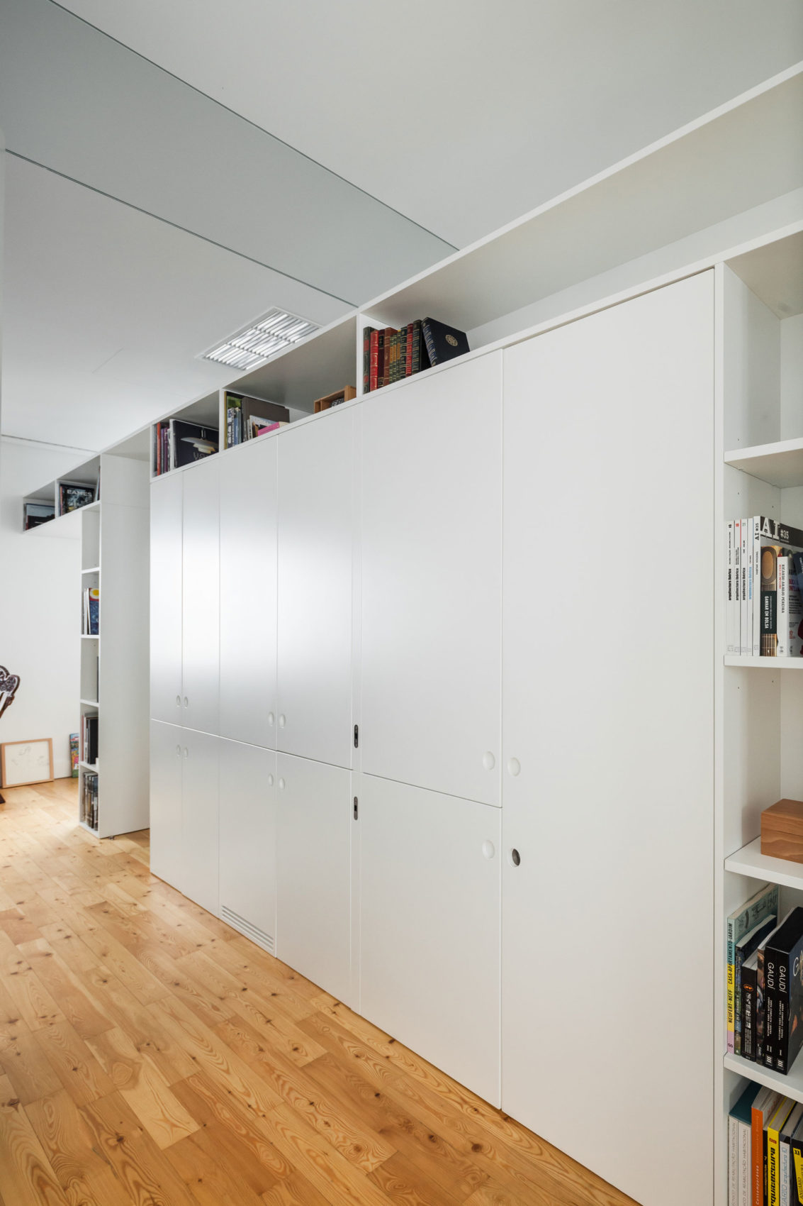Apartment B9 by Filipe Melo Oliveira (10)
