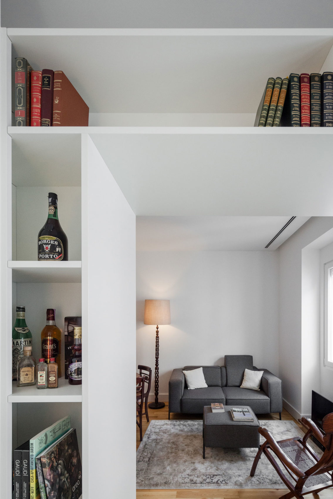 Apartment B9 by Filipe Melo Oliveira (13)