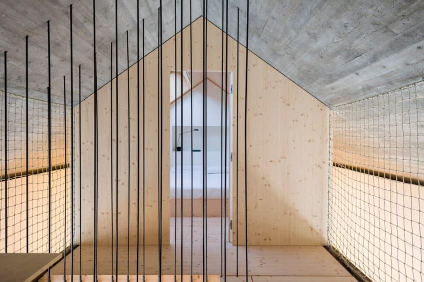 Compact Karst House by dekleva gregorič arhitekti (14)